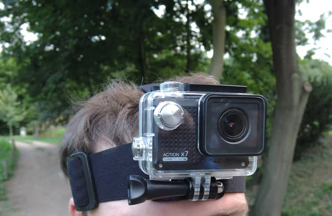 Akční kamera Lamax Mira x7, připevnění