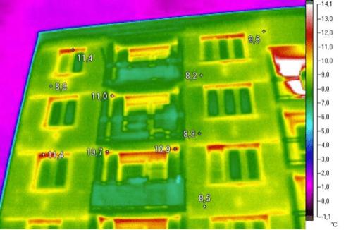 Termosnímek, únik tepla, dům, bytové domy